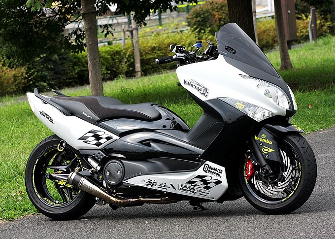 Yamaha TMax 500 make-over