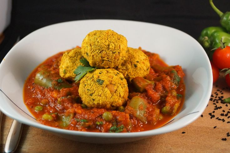 Baked Chickpea & Chili Koftas in a Hot Jalfezi Curry Sauce