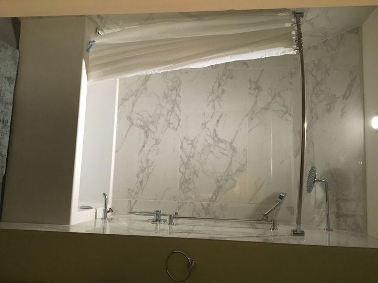 showerwall- Deluxe Calacatta 24x48