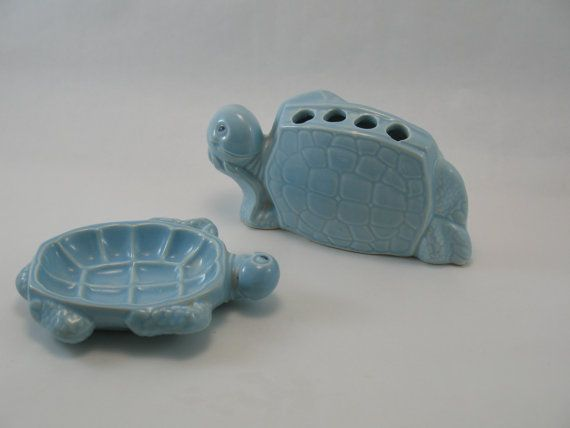 Cute Little Set Of Vintage Haeger Pottery Turtle Bathroom Accessories. One  Turtle Toothbrush Holder And One Turtle Soapdish.