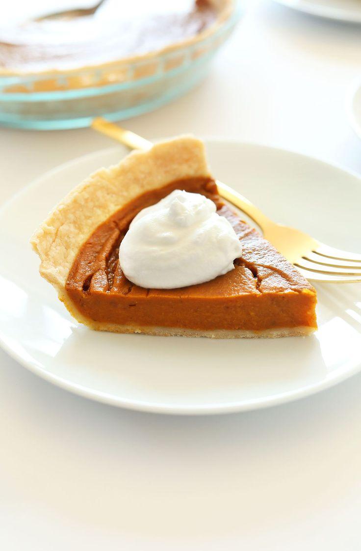 THE BEST Vegan Gluten-Free Pumpkin Pie! 10 ingredients, simple methods, SO delicious! #minimalistbaker
