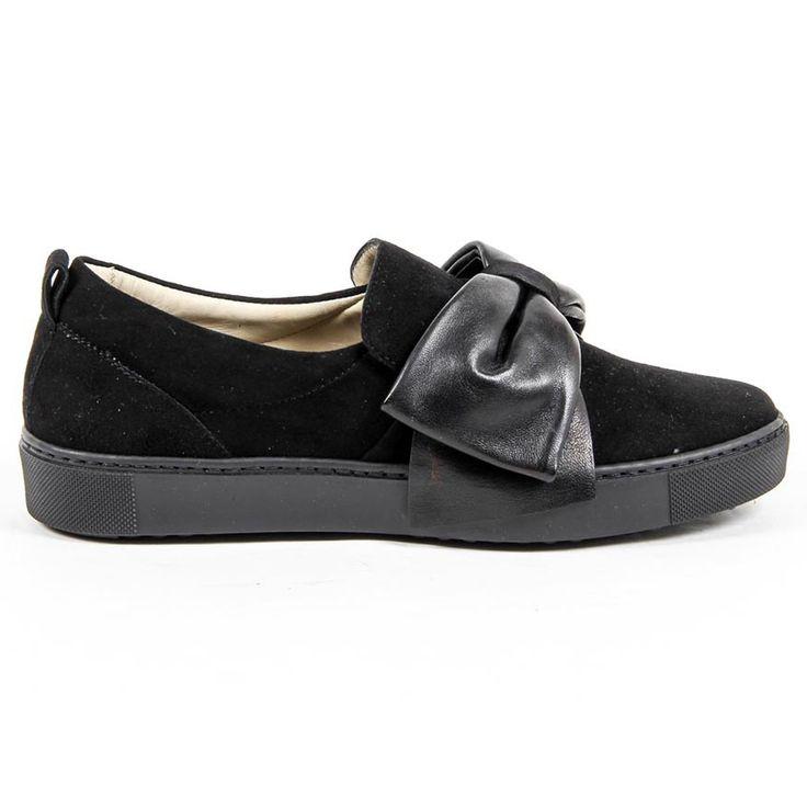 Versace 19.69 Abbigliamento Sportivo Srl Milano Italia Womens Slip On Sneaker 302076 CAMOSCIO NERO/NAPPA NERO