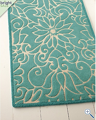 and then I can place this awesome turquoise mat underneath my dreamy yellow door :)
