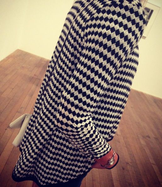 TopDogTooth- This look showcases the power of the print, with the dogtooth fabric making its mark.