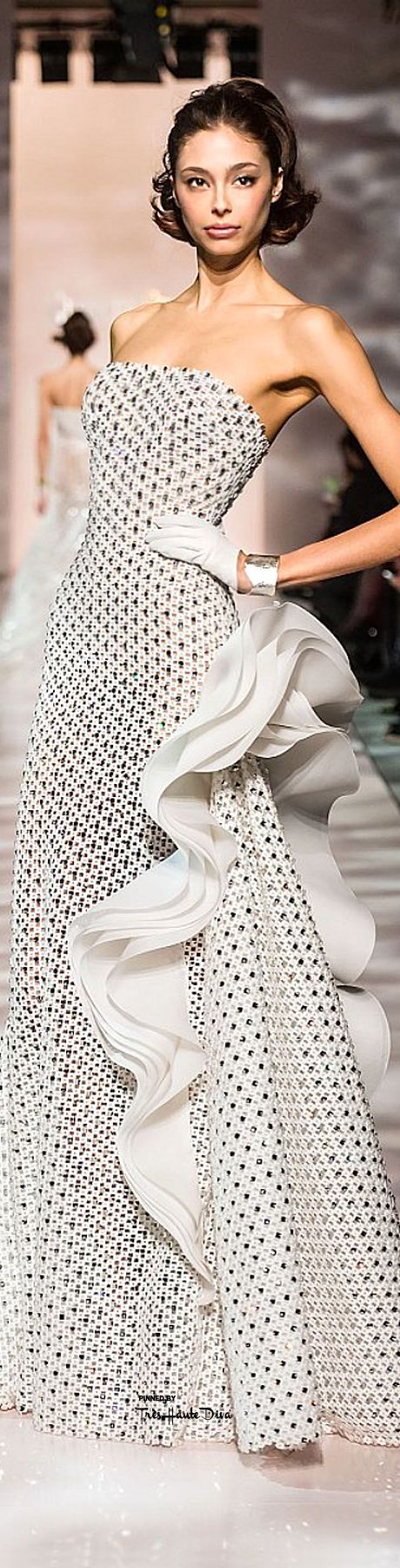 Georges Chakra Spring 2015 Couture ~ More beautiful dresses added daily @ https://www.pinterest.com/tanja62287/couture-dresses/