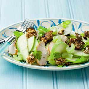 Recept - Maaltijdsalade van kip, appel en bleekselderij - Allerhande