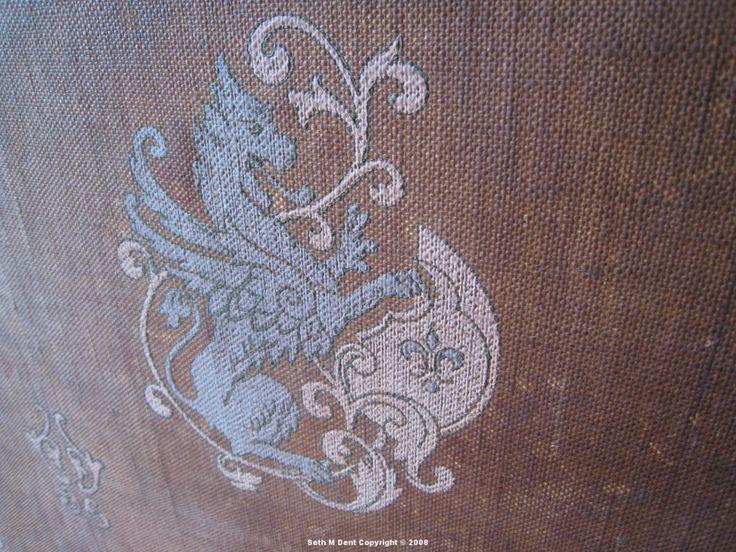 Plum - wallpaper macro