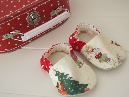 belle and boo christmas shoes  http://missmollycoddle.blogspot.co.nz/