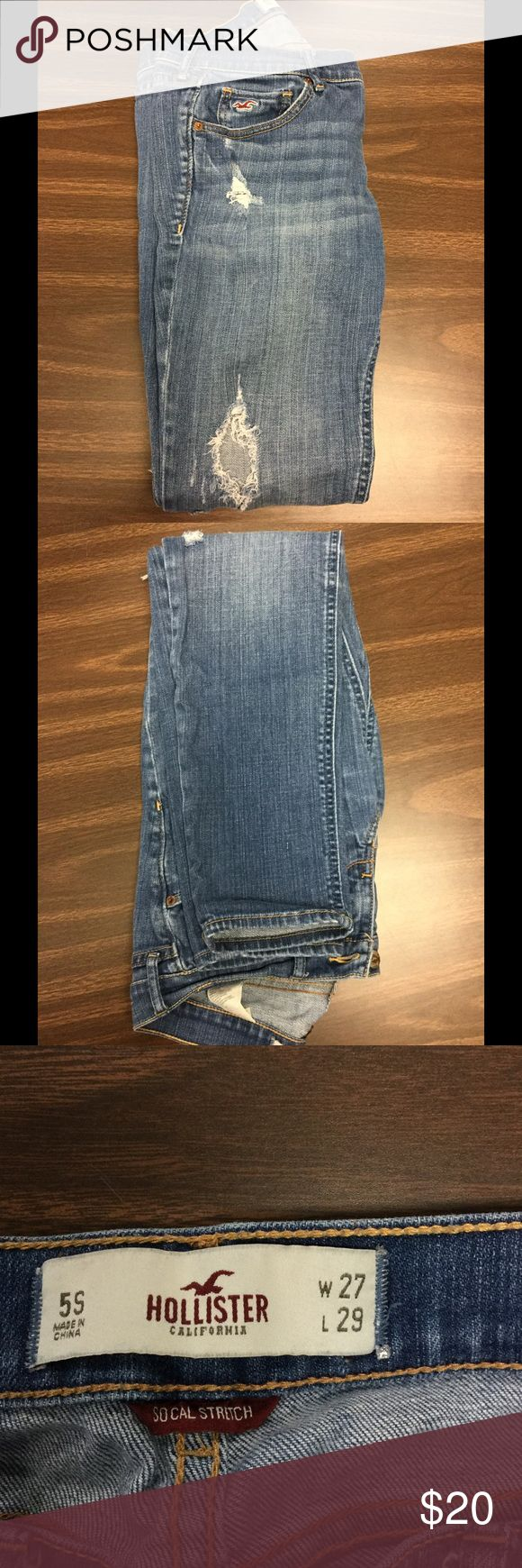 Hollister Skinny Jeans Oceanside Super Skinny cut jeans from Hollister. Size 5s and measurements as shown. Cannot be modeled but measurements can be provided upon further interest. All garments come from a smoke-free home and have no flaws unless stated above. Feel free to ask any questions or make offers! Hollister Jeans Skinny