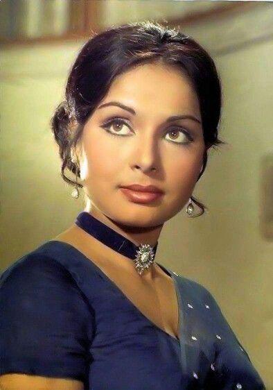Rakhee Gulzar Old Heroine  Actress - Old North Indian