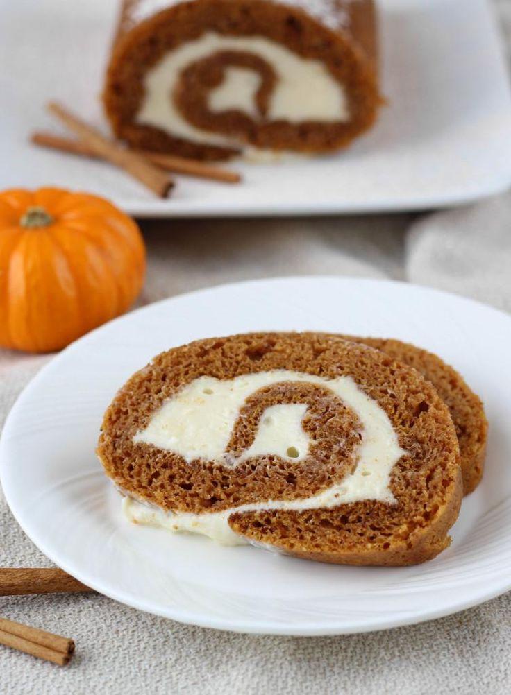 Thanksgiving Recipes : Granny Kat's Pumpkin Roll  Recipes