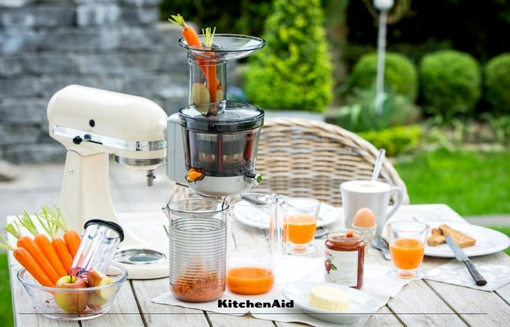 Fresh juice for breakfast is simply delicious and making it with the Stand Mixer Juicer and Sauce Attachment is just so convenient. What kind of juice would you make with your Stand Mixer Juicer Attachment? #KitchenAidAfrica #HealthyLiving #KitchenAidMixer