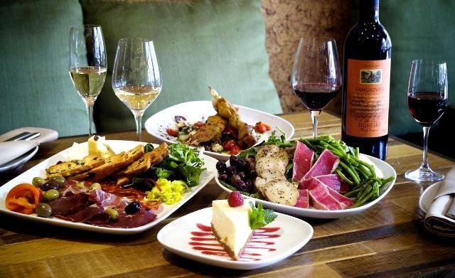 asocierea vinurilor cu bucate alese. sau de zi cu zi - http://www.dorianradu.ro/somelier/asocierea-vinurilor-cu-bucate-alese/