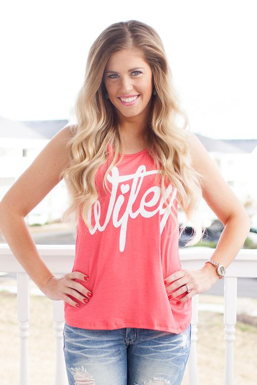 Online boutique. Best outfits. Coral Wifey Tank - Modern Vintage Boutique