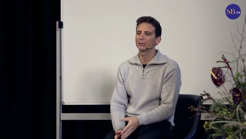 We can spend years searching or yearning for the 'perfect' job, or even something with more meaning, more purpose. But what if the job we're in is that job? In this presentation, philosopher, author and complementary healing practitioner Serge Benhayon explores the profound change that connecting to yourself and then others can have on your working life.  #SergeBenhayon #work #appreciation https://video.buffer.com/v/5a3e34a51f913dfe2a4a2bba