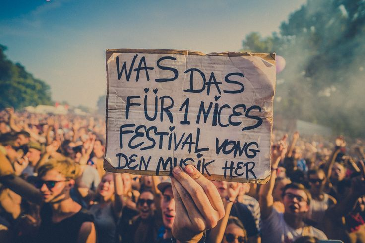 Festival Crowd • Lollapalooza Berlin • #lollaberlin • #festival • #berlin • Foto: Johannes Riggelsen