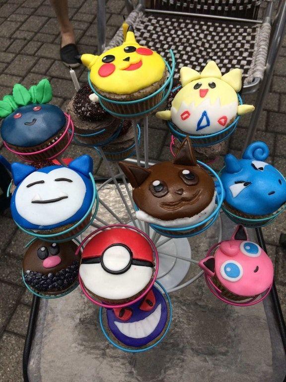 Girlfriend made me vegan Pokemon cupcakes for my birthday! : vegan