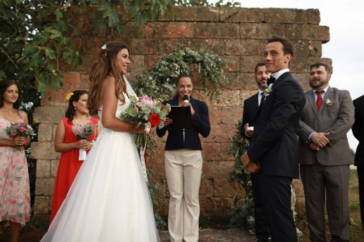 Wedding Officiant Speech Ideas: 1000+ Ideas About Wedding Officiant On Pinterest
