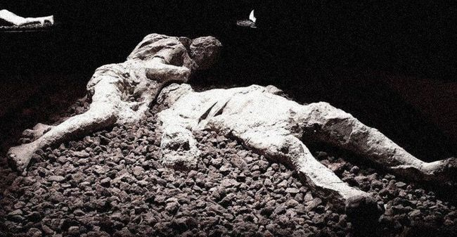 14 Bizarre Things Most People Don't Know About The Bodies Preserved At Pompeii