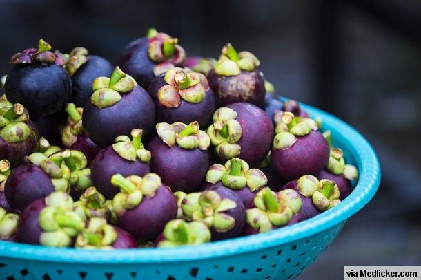 Voici un article sur les avantages, bienfaits et effets secondaires du mangoustan. En mangeant ce fruit vous pouvez améliorer votre santé.