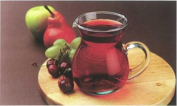 """""""Vin"""" de fructe - Bucataria lui Radu"""