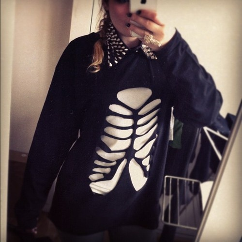 DIY skeleton tshirt (: