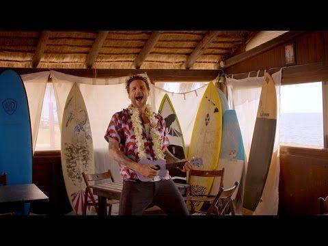 L'ESTATE ADDOSSO - Video Ufficiale - Lorenzo Jovanotti Cherubini - YouTube