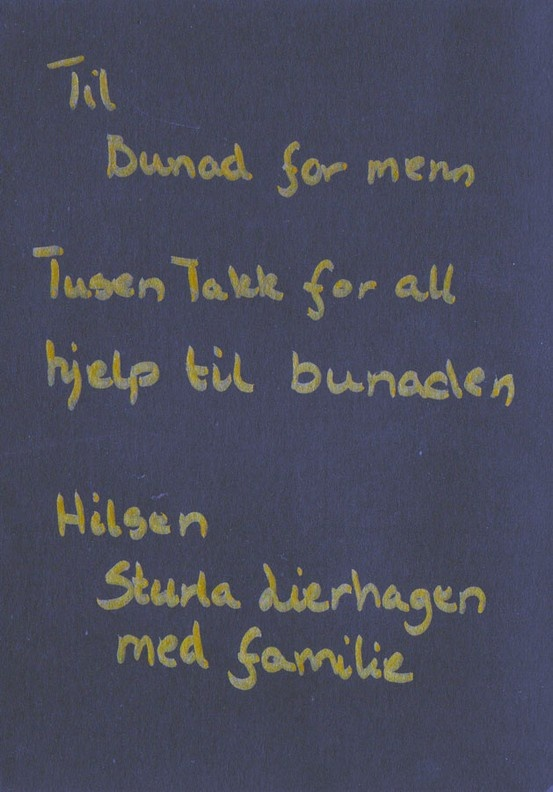 Til Bunad For Menn. Tusen takk for all hjelp til bunaden. Hilsen Sturla Lierhagen med familie.