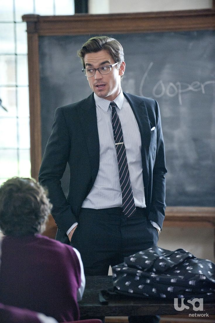 Matt Bomer as Neal Caffrey.  Love this episode.  If my teacher/professor looked like this I'd gladly go to school! :)