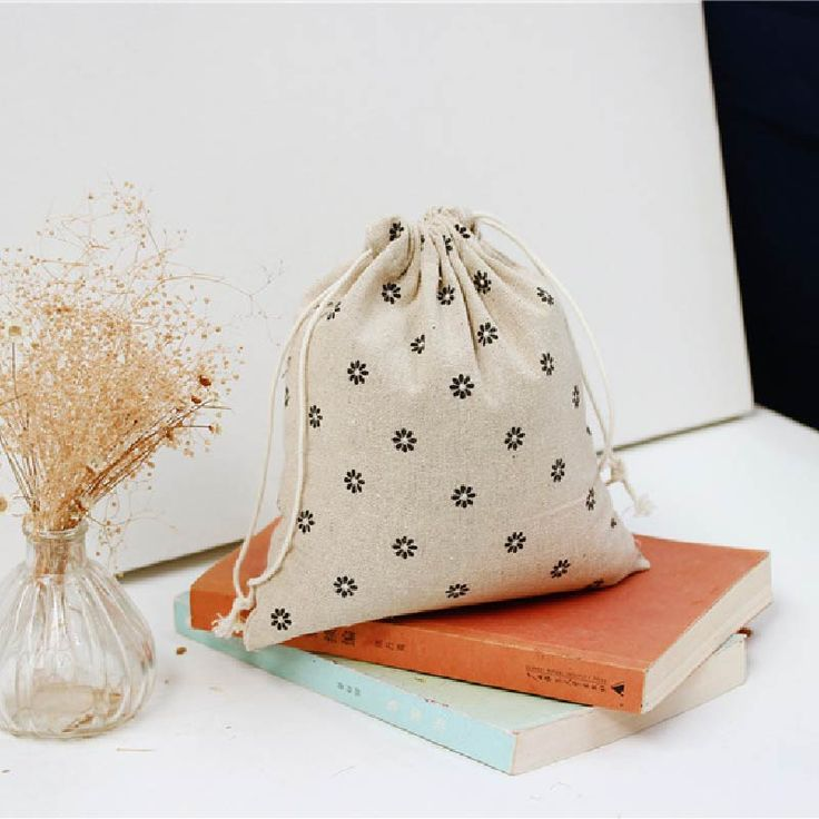 Корея Женщины Хранения Сумки Экологически Чистые Холст Ткань леди небольшой мешок конфеты хранения Девушка ювелирные изделия организатор сумка коробка XH021B купить на AliExpress