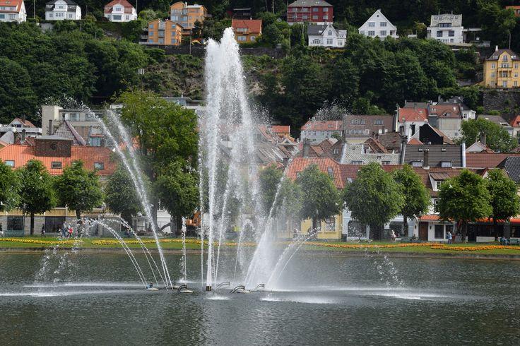 https://flic.kr/p/WdTWjh | Bergen Norway | City park DSC_1304
