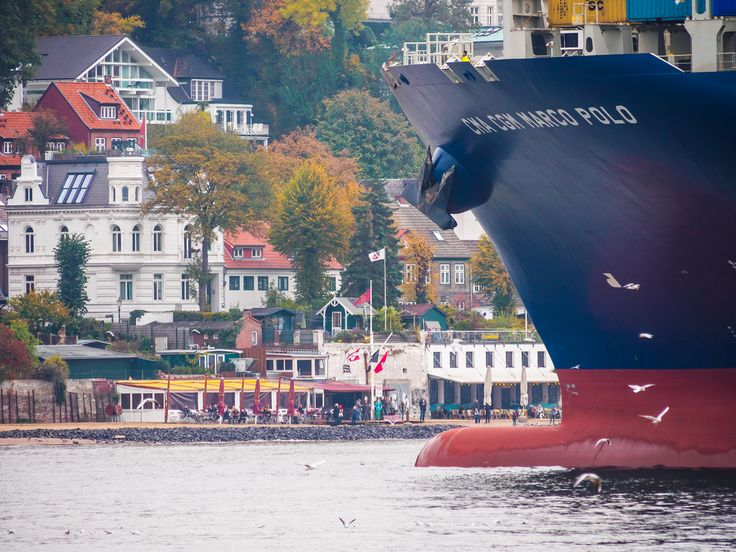 CMA CGM, empresa pionera en el turismo en mercante - http://www.absolutcruceros.com/cma-cgm-empresa-pionera-en-el-turismo-en-mercante/