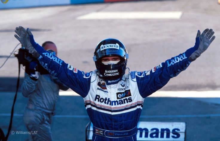 Hill wins at Suzuka to win Championship in 1996