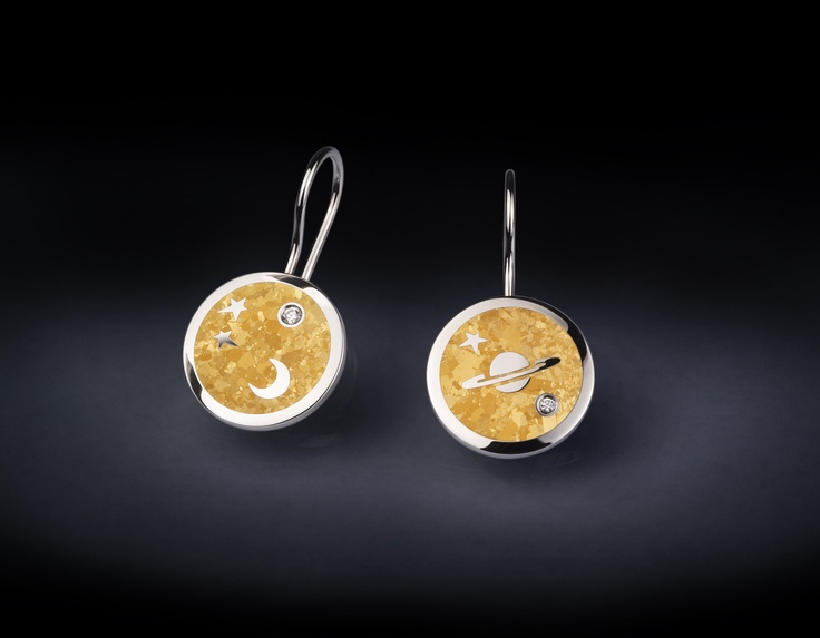 Steven Kretchmer's MoonBeam Earrings in Platinum and pure 24K fine crystallized Yellow Gold inlay with two Diamond melee stones 0.16ctw.