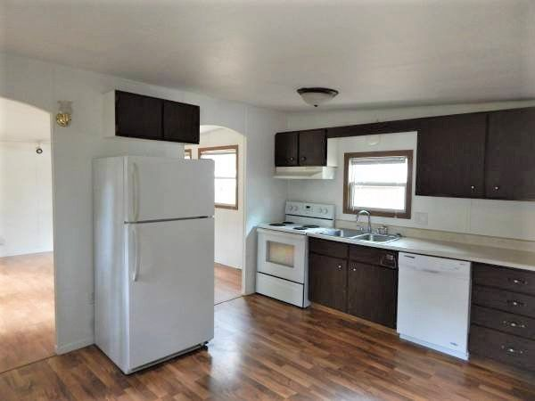 cheap mobile homes-wisconsin kitchen