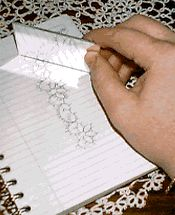 How to design a corner for an edging crochet pattern. Clever!