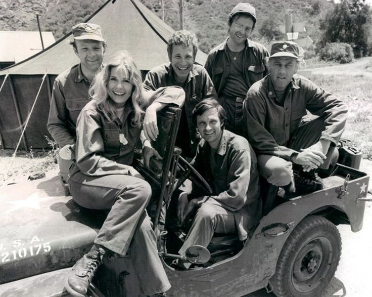 M*A*S*H season premiere, 1974. Pictured are: Loretta Swit, Larry Linville, Wayne Rogers, Gary Burgoff, Alan Alda (driver of jeep), and MacLean Stevenson.