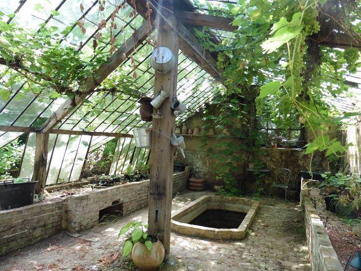 Les 178 meilleures images propos de greenhouse serre sur pinterest jard - Grand photophore jardin ...