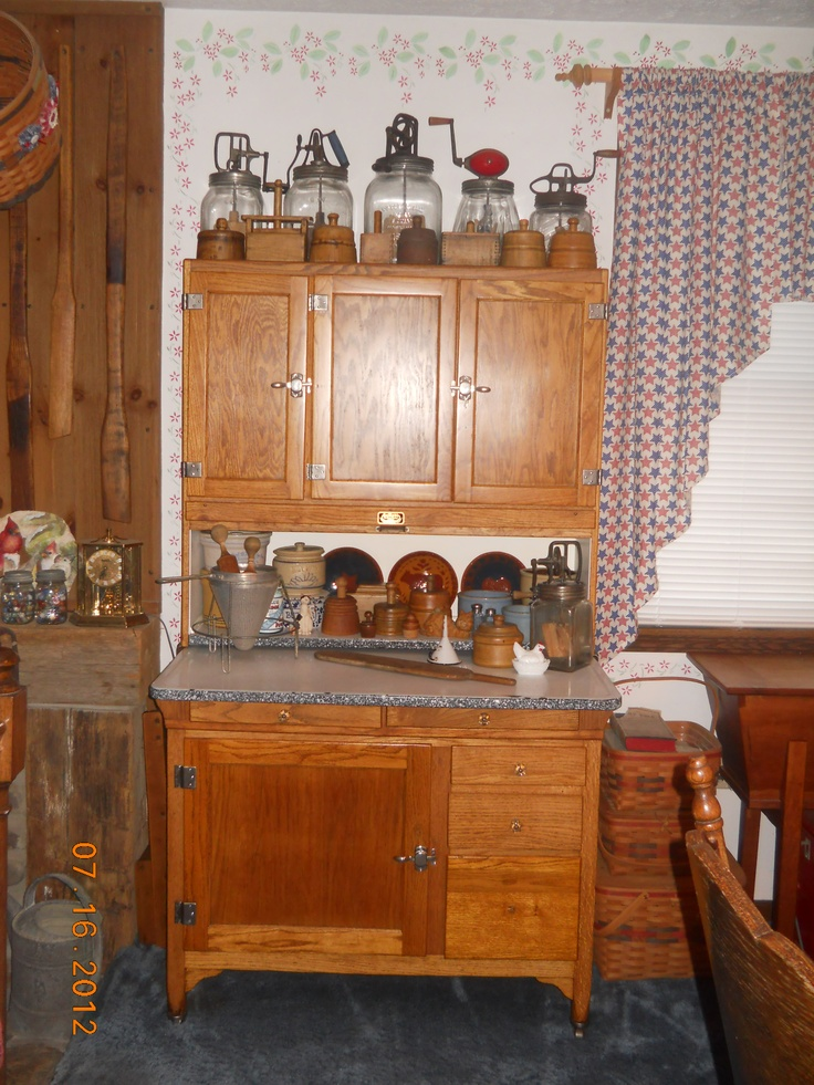 1000 Images About Antique Hoosier Cabinets On Pinterest