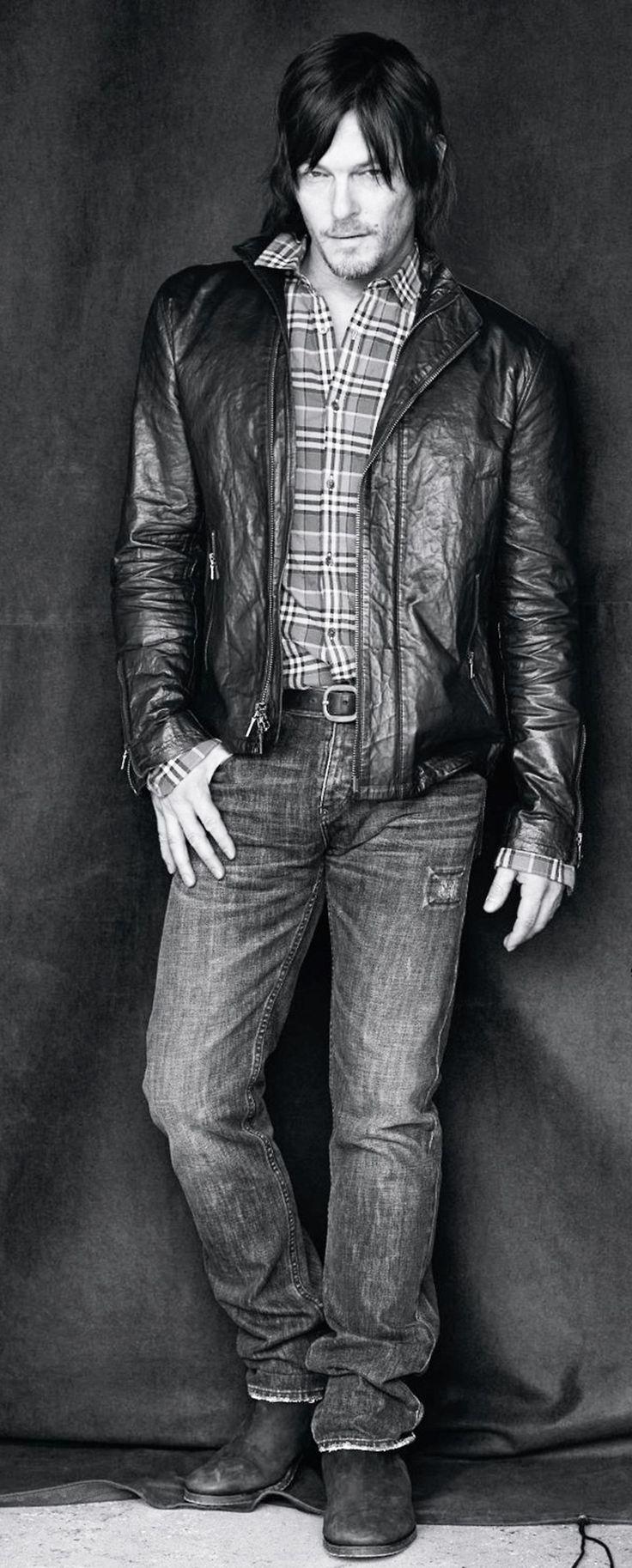 LAWD have mercy!!!!!!!!!Norman Reedus