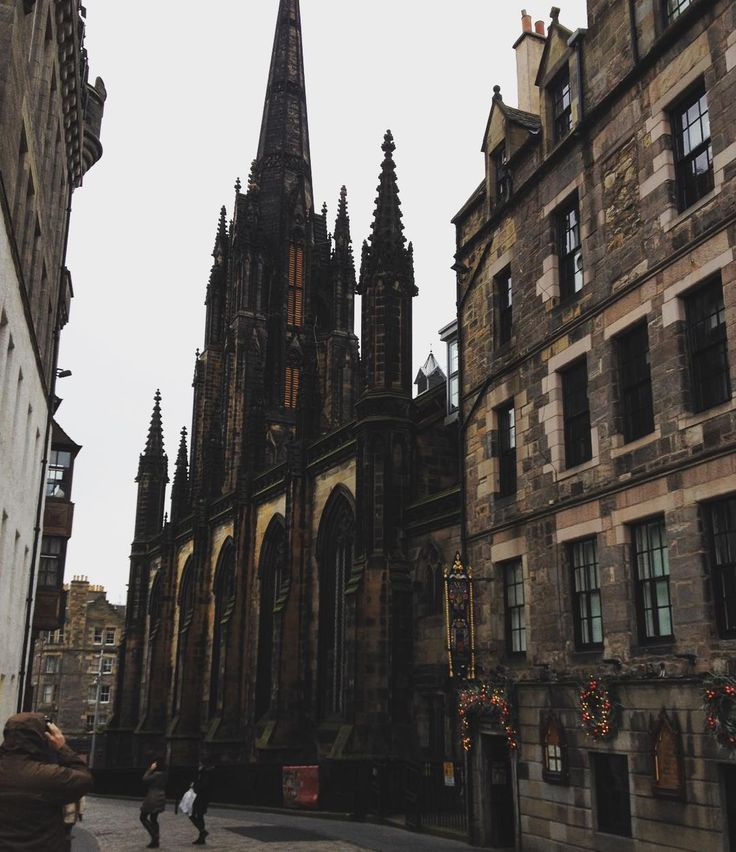 Royal Mile, Edinburgh, Scotland - Traveldigg.com |Edinburgh Vacation