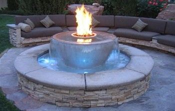 amazing fire pit and water design. Love the mix