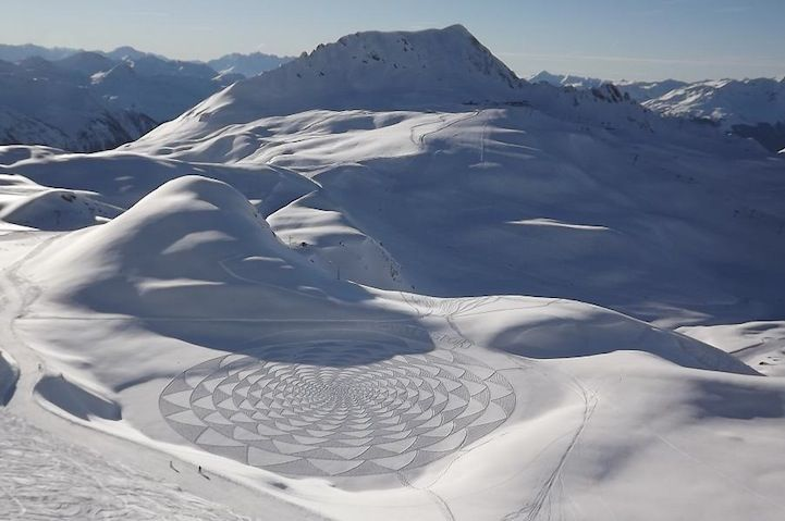 Man Walks All Day to Create Spectacular Snow Patterns