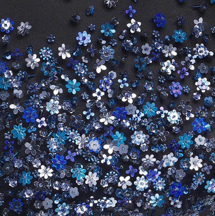 DIOR par Raf Simons FW 2014/15 embroidery. 15638 color navy and royal blue