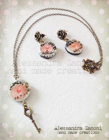 Collana e orecchini  con praline in pasta ceramica decorate a mano