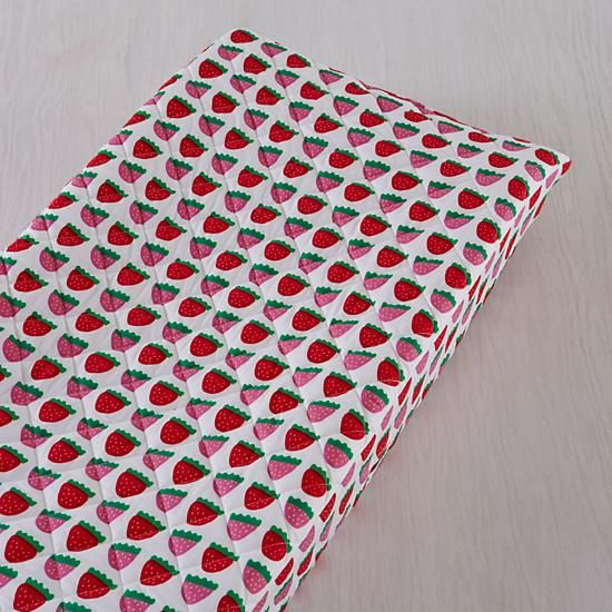 Farmer's Market Changing Pad Cover (Strawberry)