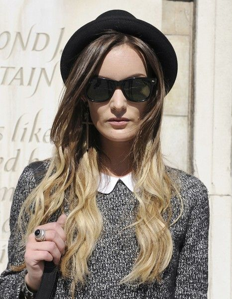 Tie & dye blond - Street Style coiffure : le tie and dye - ELLE.fr