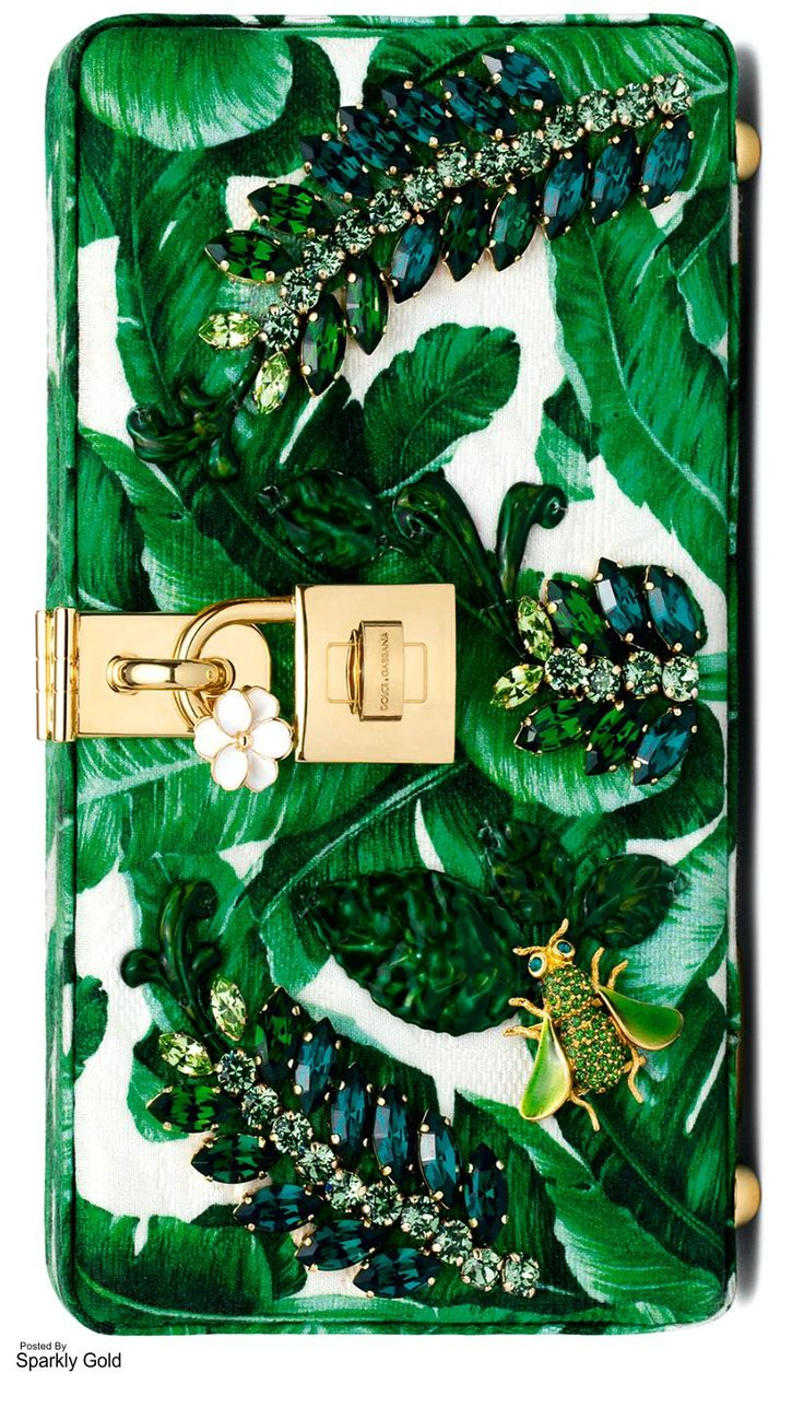 D&G Fall   Botanical Garden #slimmingbodyshapers   How to accessorize your…