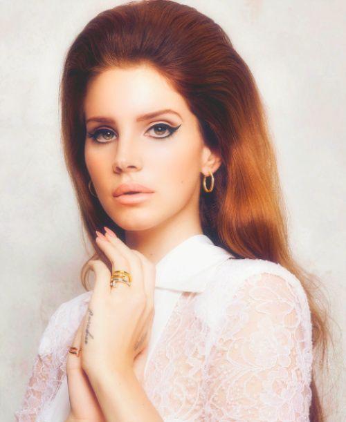 Lana Del Rey for Vogue.Lanadelrey, Lana Del Rey, Celebrities Style, 60S Inspiration, Beautiful, Hair Makeup, Woolen Ray, People, Lana Lana