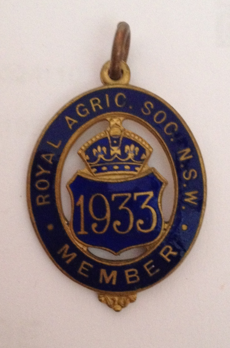 Vintage show badge. 1933 Royal Agricultural Society of NSW.